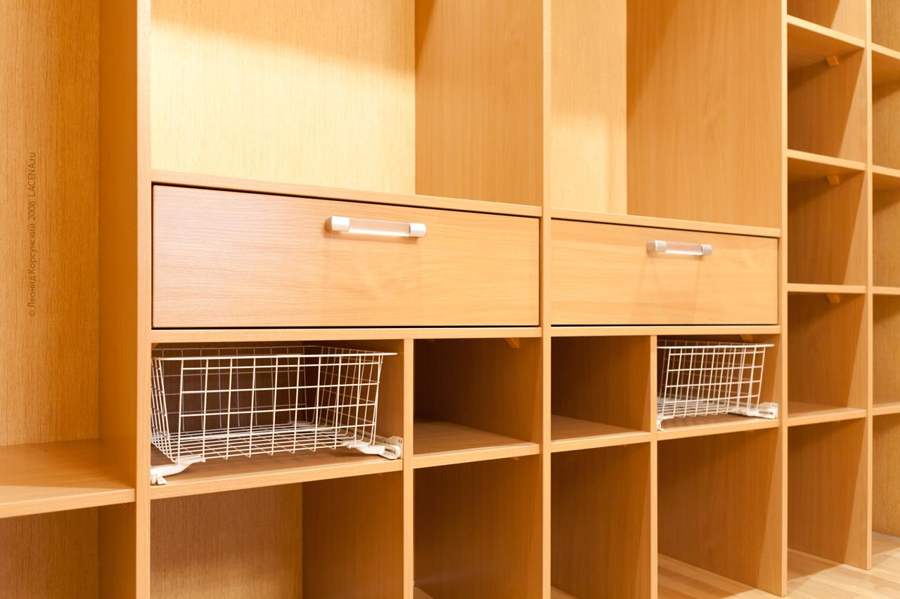 Шкафы-купе игардеробные комнаты назаказ вмоскве 8(910)972.